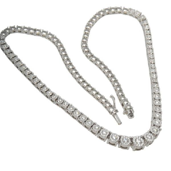 Necklace in 18 Kt white gold with Diamonds