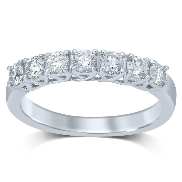 Ring in 18 Kt gold with Diamonds