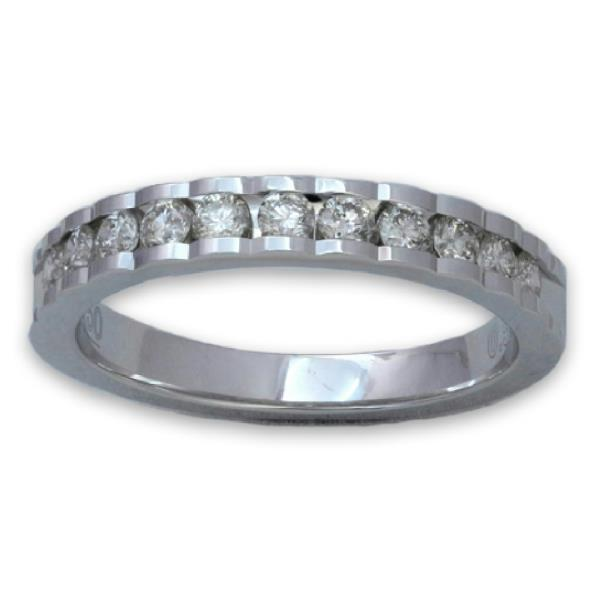 18 Kt White gold ring with diamonds