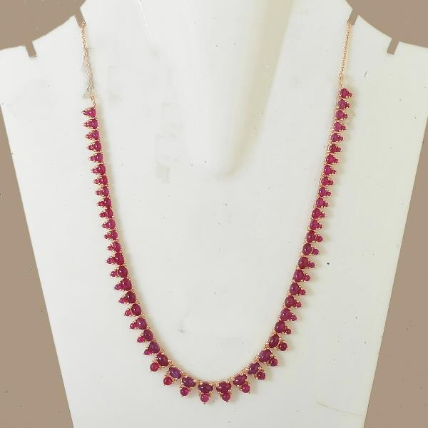 Necklace in silver with rubies